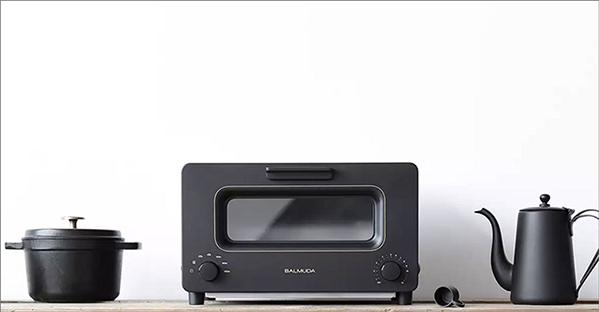 バルミューダ製のトースター「BALMUDA The Toaster」の画像